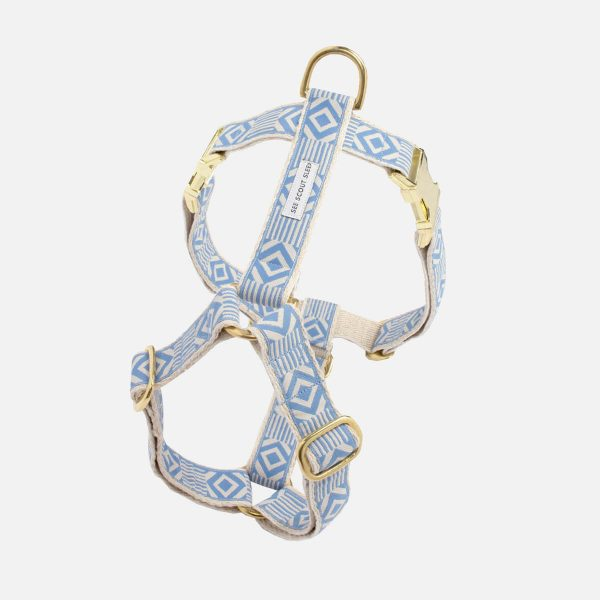 SeeScoutSleep_Harness_Brass_OOMB_LakeBlueCream